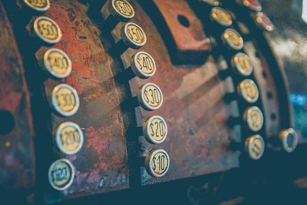 old mechanical till
